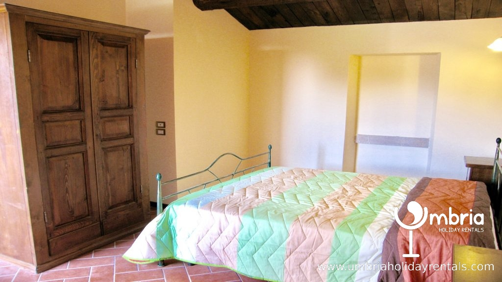 all double bedrooms can be triples - all similar